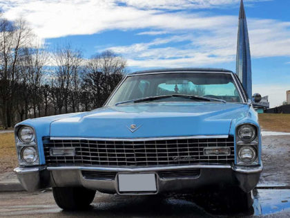 Cadillac Deville 1967 Light Blue